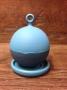 Infuseur en silicone bleu flottant avec support